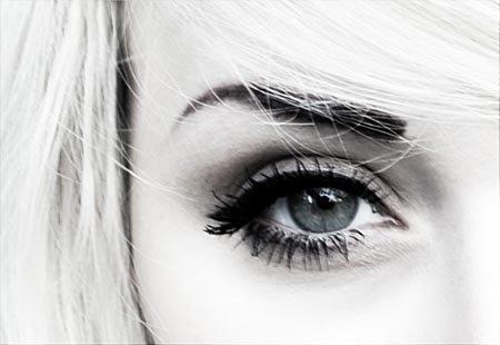 & si tu prenais le temps de lire dans mes yeux.. tu verrais enfin tout l'amour que je te porte.