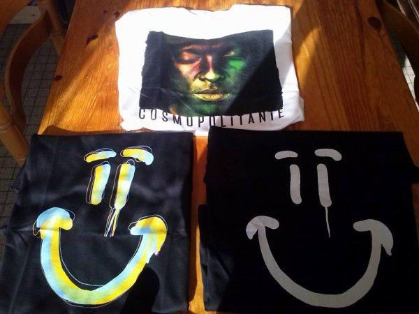 Mes tee-shirts #Cosmo et #Cosmopolitanie :D <3 #SopranoTheBest Pour tous ceux qui me demandent où ils peuvent trouver des tee-shirts --> http://www.soprashop.com/