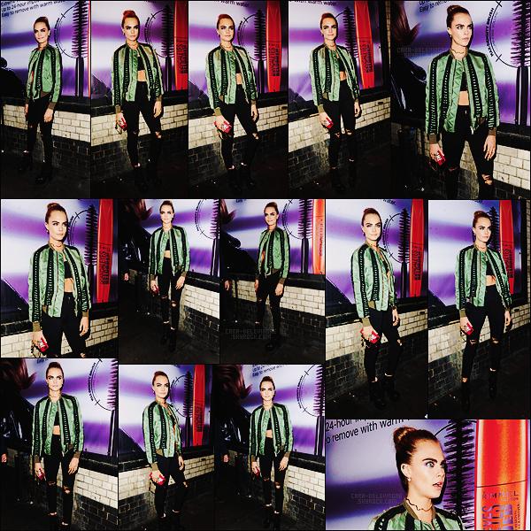 . ● Cara Delevingne était présente à l'événement Machette for Rimmel dans Londres, le 09/11 !  .