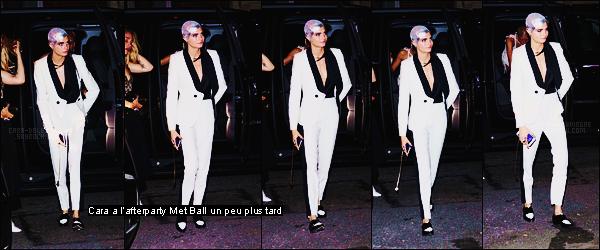 """. ● Le 01/05, Cara Delevingne était au MET Gala dans le thème """"Comme des garçons"""" à New York  ."""