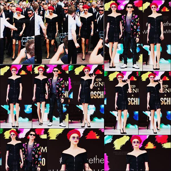 18/05/17 - Cara Delevingne était au photocall  Magnum x Moschino  lors du Festival de Cannes, France.  Comme prévu Cara s'est rendue à diverses événements.Côté tenue elle avait opté pour une robe avec plein de zippes, qu'en pensez-vous?