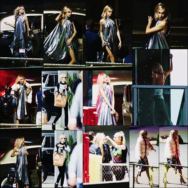 25/09/17 - Cara Delevingne a été aperçue sur le set d'un nouveau photoshoot, effectué à   Los Angeles. Les photos sont de très mauvaise qualité cependant on est ravis de revoir C. avec les cheveux longs même si ce n'est qu'une perruque