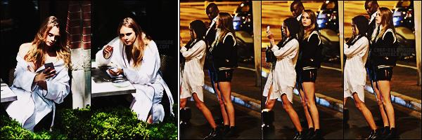 18/05/15 -  Cara Delevingne repérée prenant une pause durant un photoshoot se déroulant à Toronto, Can. Le 13/05, Cara passait la soirée au restaurant avec des amis dans Cannes, en France. Elle était mignonne, rien de plus à rajouter, top..