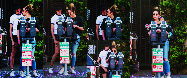 26/05/18 -  Cara Delevingne et Ashley Benson réglant un parcmètre dans le quartier de  West Hollywood. Je m'excuse par avance, il semblerait que Cara et Ashley qui étaient seulement amies depuis des années soit... en couple ! Ou est Paris ?