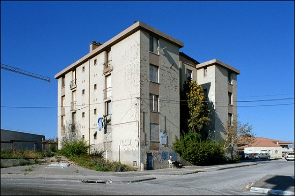 Marseille je c'est pas ou c'est....... mais dites moi ci vous savez ou se situe cette ce triste endroit