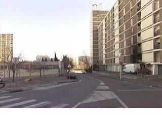 Cité les Oliviers (13013) Triste endroit ....