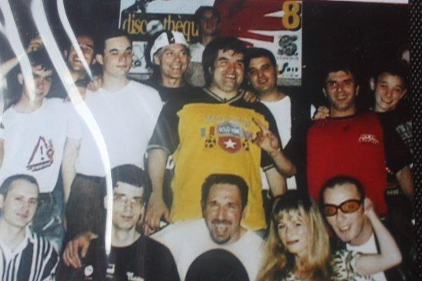 BIENVENUE dans notre blog  MIX CLUB ONE & PSYCHOSE 3 et le monde de l actu !!!