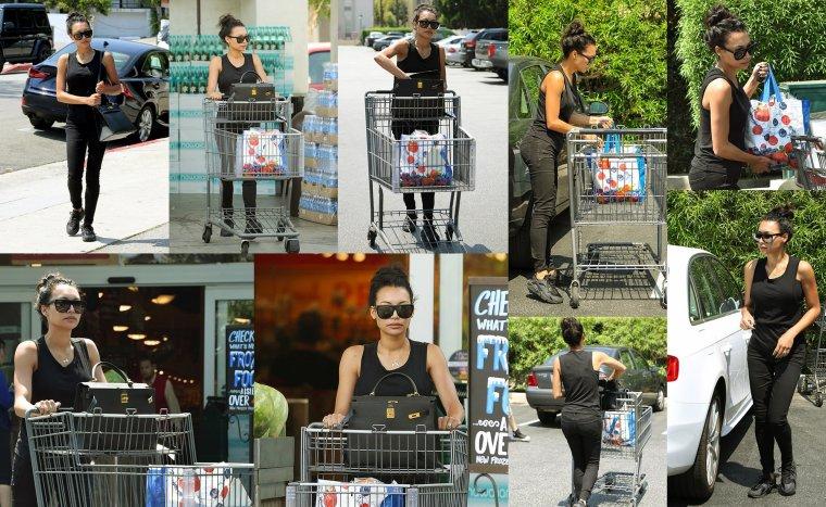 29/06/16:Naya a été aperçu à Bristol Farms à Los Angeles.