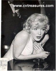 Cvtreasures presents: Marilyn Monroe
