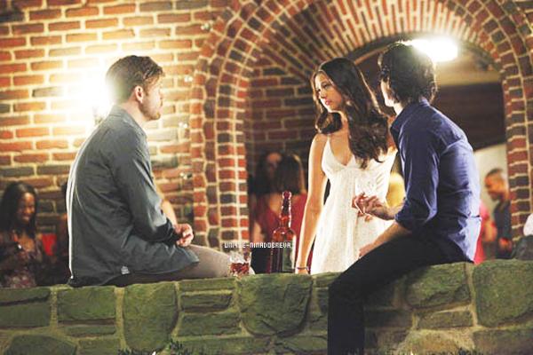 Le 12/08/2011 Voilà le premier stills de la saison 3 de The Vampire Diaries. Cet épisode s'intitulera The Birthday: il mettra en scène le 18éme anniversaire d'Elena.
