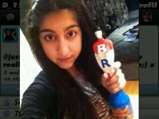 la photo profil twitter de la cousine de zayn Aaroosa :D