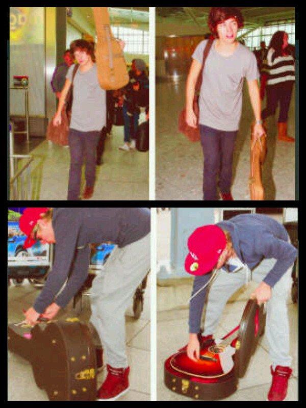 Harry et Niall a l'aeroport aujourd'hui=D