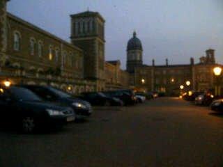 La residence des Boys a Londre=)))