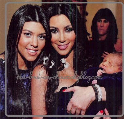 Kourtney Kardashian, sa soeur Kim avec son fils Mason!
