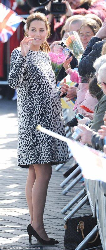 La Duchesse Catherine enceinte de 8 mois de Bébé N°2!