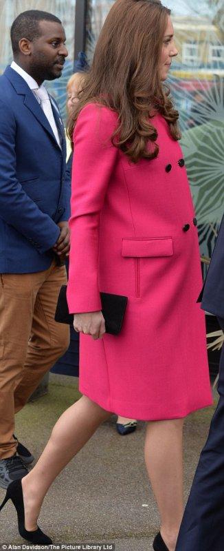Duchesse Catherine de Cambridge enceinte de 8 mois!