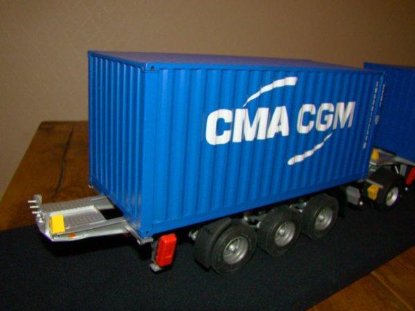 Premiere boite (conteneur pour les non initiés)