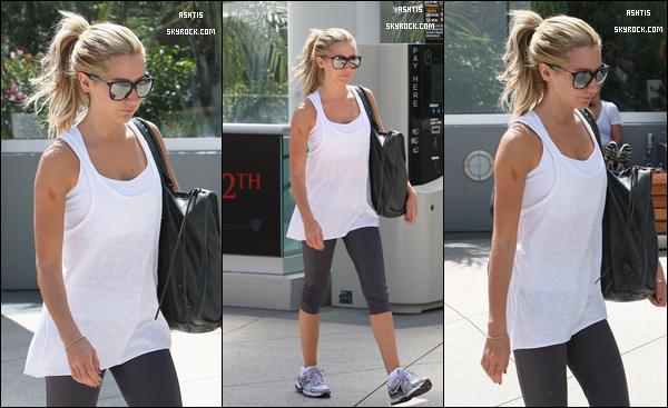 Jeudi 18 aout▬ Ashleya été appercu ce matin, sortant de equinox gym pour le n-iéme fois.