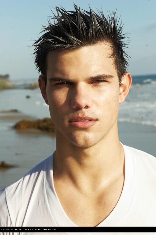 Taylor Lautner :