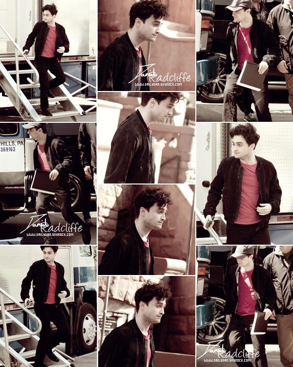 .  Daniel arrivant sur le tournage de Kill Your Darlings le 26 mars et en tournage ! .