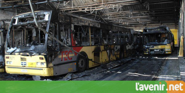 Nouveau préavis de grève de la CGSP sur le réseau TEC: les chauffeurs pourraient débrayer pendant 3 jours en décembre, couvrant les mercredi 20, jeudi 21 et vendredi 22 décembre  en plus le MR et le CDH mais du pétrole sur le feux
