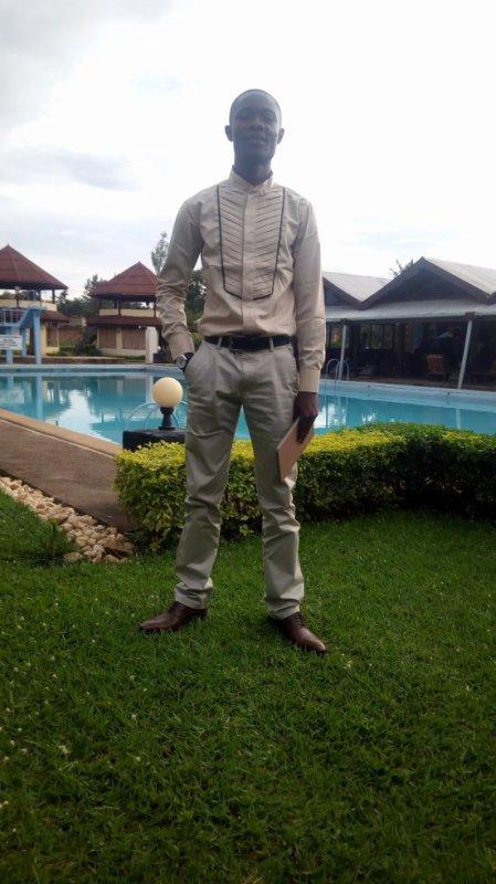 jules-mbongo  fête ses 29 ans demain, pense à lui offrir un cadeau.Aujourd'hui à 00:00