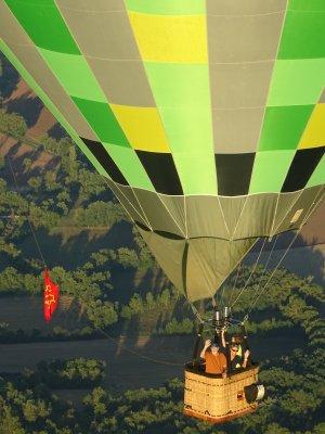 Vol en montgolfière dans le triangle d'or d' Albi Carcassonne Toulouse