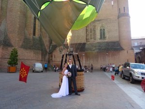 Une demande en mariage en montgolfière