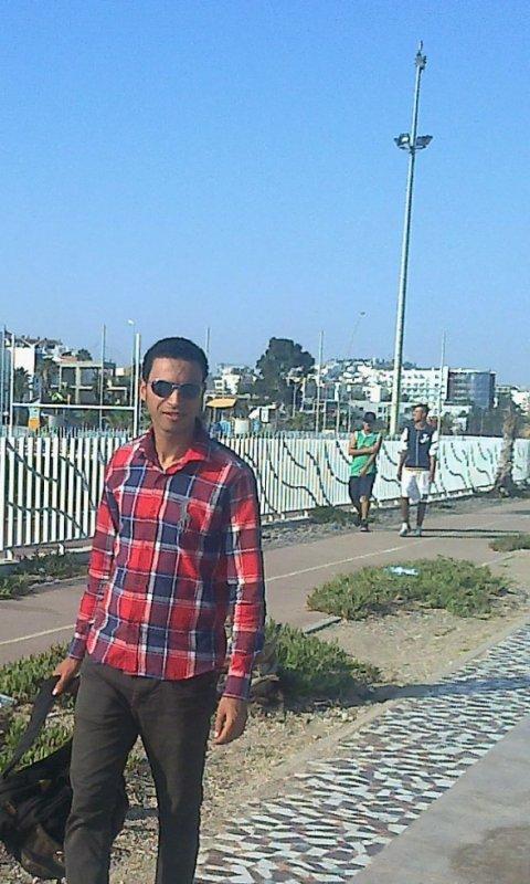 Moi a Cornich Tanger