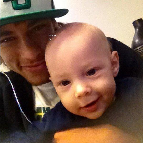 Deux nouvelle photos de Neymar.
