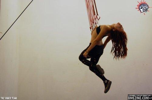 Body suspension