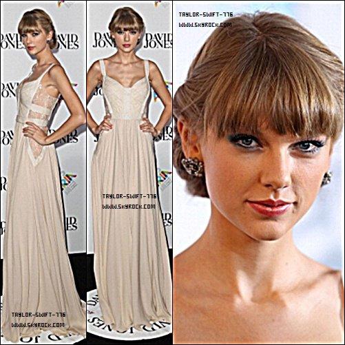 28/10/13  Taylor look : 26e prix aria+ Taylor swift a était vue qui rentrée dans un studio de danse à Los Angeles, Californie