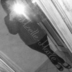 ᘛ Xmzelle-Marie. ᘚ
