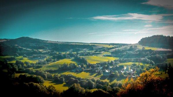 Autour de Rochefort-Montagne