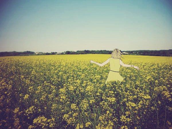 Parcourir le monde et voir ce que la vie propose, vivre au grand air et marcher dans les champs de roses ♫ ~ Danakil