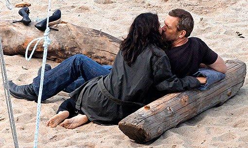 Fiction 1: L'amour c'est a deux pas seul .