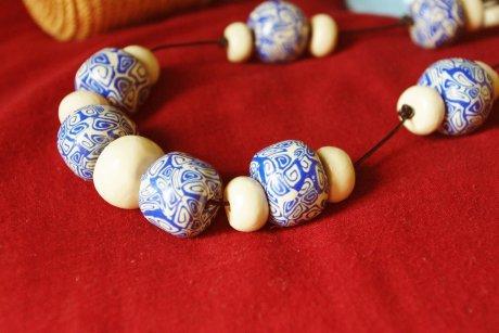 Collier perles séparées