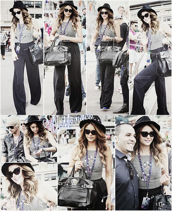 * Nina était à Monaco. Elle assistait au« Grand Prix de Formule 1 » *