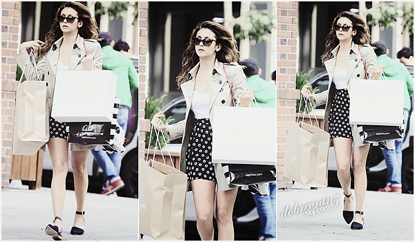 Plus de photo.. Nina à fait du shopping à Soho, dans le quartier de New-York  (11.06.14)