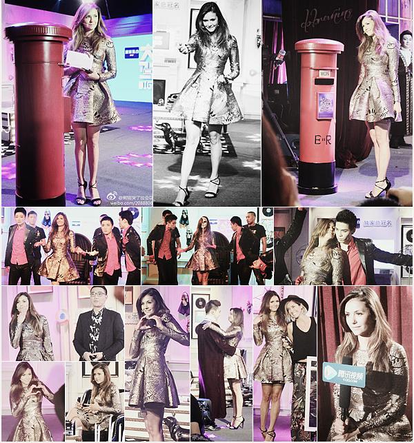 Nina participe au Talk Show«Big Shot Show »à Pékinle 5 Juillet.