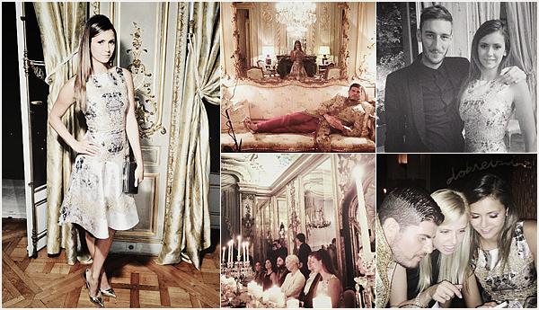 Nina s'est rendu, le 7 Juillet, audînerprivé« Gianvito Rossi» avec des amis a elle, à Paris.