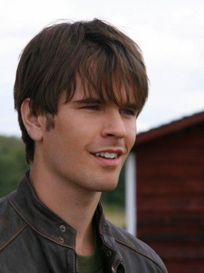 Graham Wardle ( Ty Bordon)