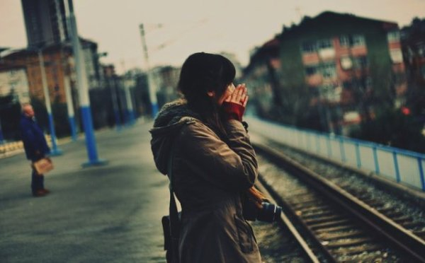 Ma vie est un désastre mais personne ne le voit car je suis très polie : Je souris tout le temps.