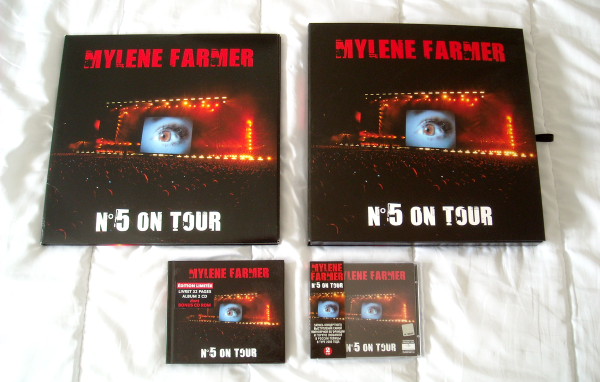 "Supports ""N°5 On Tour"" / ""Stade de France"