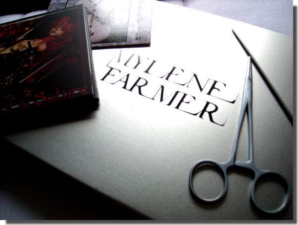 "Coffret ""Point de suture"""