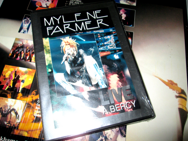 "DVD ""Live à Bercy"" import Ukraine"