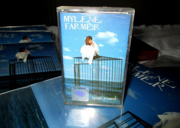 """Cassettes """"Anamorphosée"""" et """"Innamoramento"""" import Pologne"""