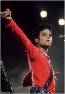 Mr. Jackson...Tu nous manques tant :'( ! Déjà 2 ans...