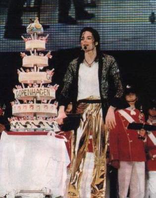 Michael, aujourd'hui ... 53 ans! <3