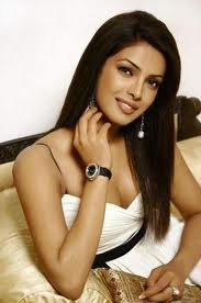 Présentation des Personnages : Priyanka Khan
